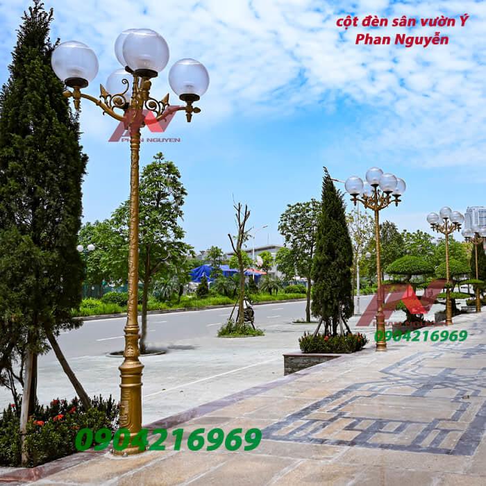 cột đèn sân vườn kiểu dáng Ý