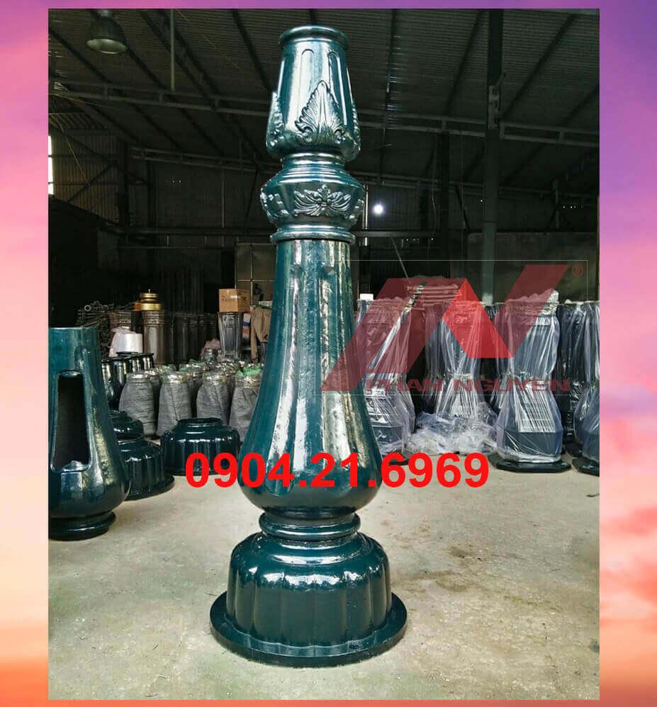 cột đèn cao áp đế gang DP03