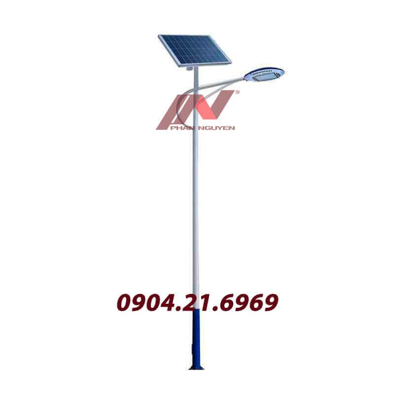 cột đèn cao áp lắp đèn led năng lượng mặt trời