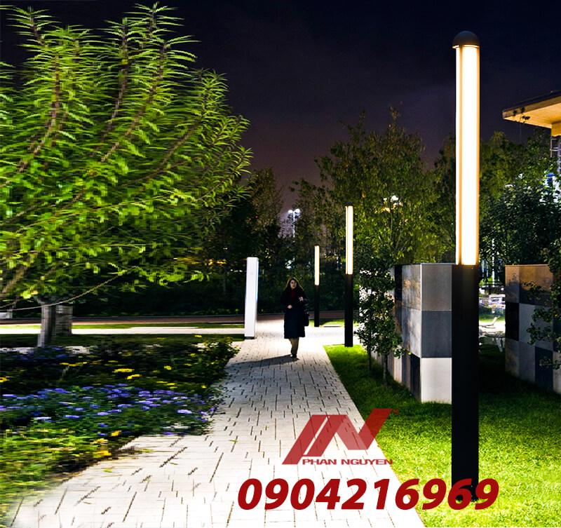 sân vườn lắp cột đèn